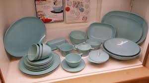 what is the most durable dinnerware material?